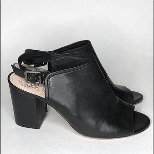 Vince Camuto black leather shoes size: 9M
